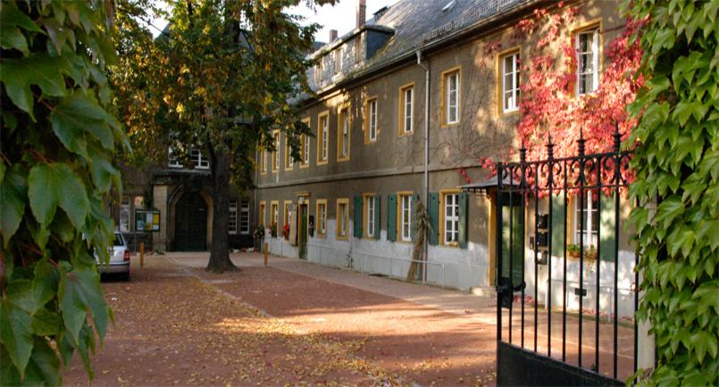 Der kirchhof die friedenskirche gottesdienstst tten ev lut friedenskirchgemeinde radebeul - Architekt radebeul ...
